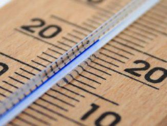 Contactlenzenvloeistof koel bewaren